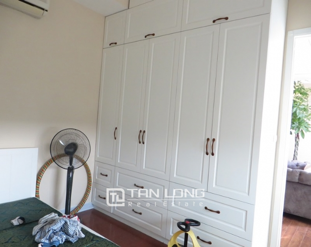 E1 Ciputra apartment for sale, 3 bedrooms, modern decoration 1