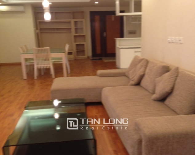 E1 Ciputra Hanoi: selling 3 bedroom apartment, basic furniture 1