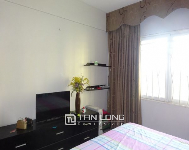 E4 Ciputra apartment to sell, full furnishing, modern design 8