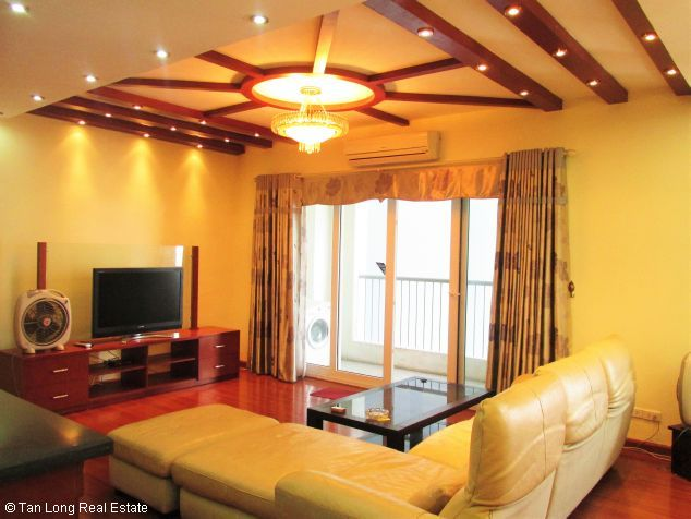 Elegant 3 bedroom flat for rent in Peach Garden, Tay Ho dist, Hanoi 1