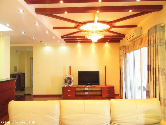 Elegant 3 bedroom flat for rent in Peach Garden, Tay Ho dist, Hanoi 4