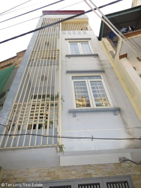 Elegant 5 storey house for rent in Nguyen Van Cu street, Long Bien, Hanoi 4