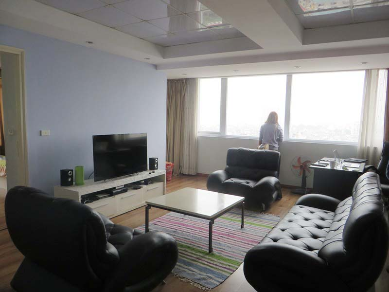 Elegant apartment for rent in Doi Nhan, Ba Dinh district, 2 bedrooms