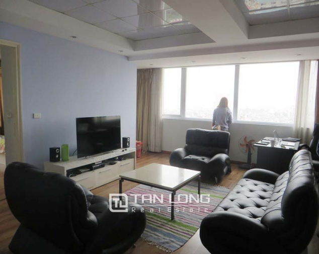 Elegant apartment for rent in Doi Nhan, Ba Dinh district, 2 bedrooms 1