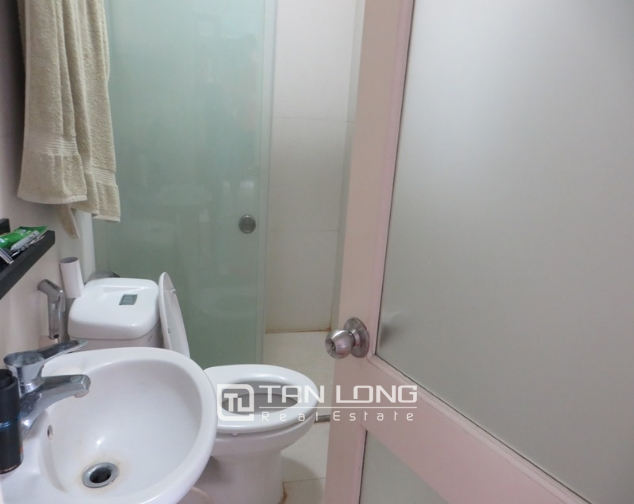 Elegant apartment for rent in Doi Nhan, Ba Dinh district, 2 bedrooms 8