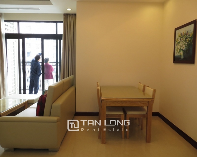 Elegant apartment to rent in R2 Royal City, 2 bedrooms and 2 bathrooms 3