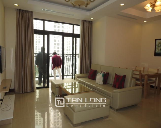 Elegant apartment to rent in R2 Royal City, 2 bedrooms and 2 bathrooms 1