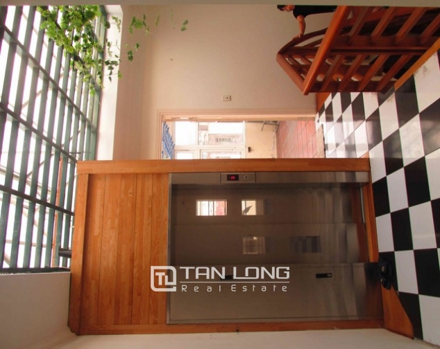 Elegant house for lease on Doi Can str., Ba Dinh distr., Hanoi 1