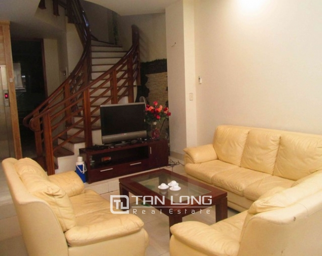 Elegant house for lease on Doi Can str., Ba Dinh distr., Hanoi 3
