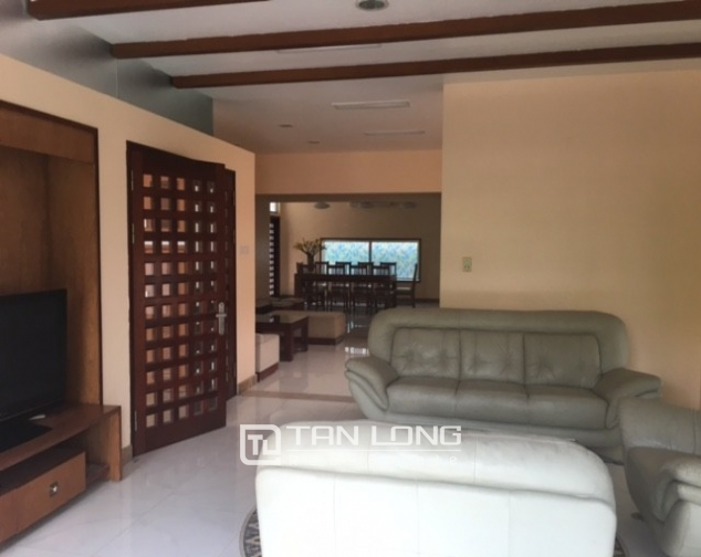 Fantastic 4 bedroom villa for rent in Dang Thai Mai, Tay Ho, Hanoi 8