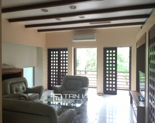 Fantastic 4 bedroom villa for rent in Dang Thai Mai, Tay Ho, Hanoi 9
