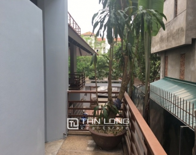 Fantastic 4 bedroom villa for rent in Dang Thai Mai, Tay Ho, Hanoi 1