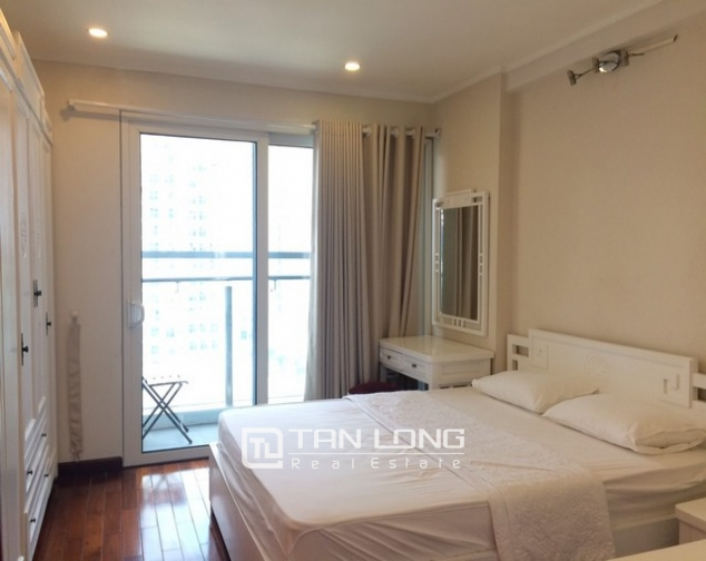 Fantastically modern and nice 3 bedroom apartment for rent in L2 building Ciputra Tay Ho district 7