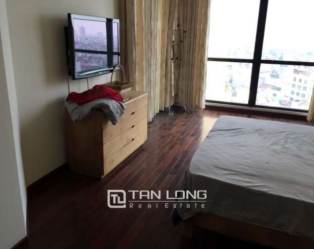 Fascinating apartment for rent in Vincom tower, Ba Trieu 2
