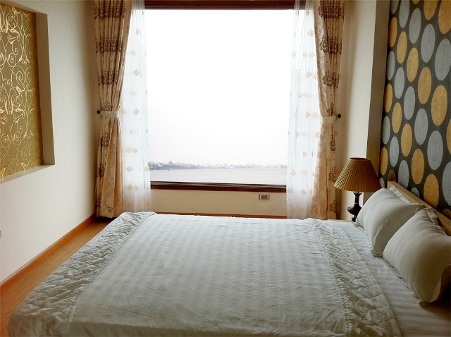 For rent Serviced apartment in Dang Thai Mai streets, Tay Ho District, Ha Noi.