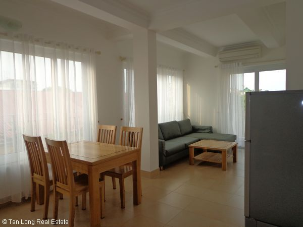 For rent Serviced apartment in  Tay Ho streets. 2