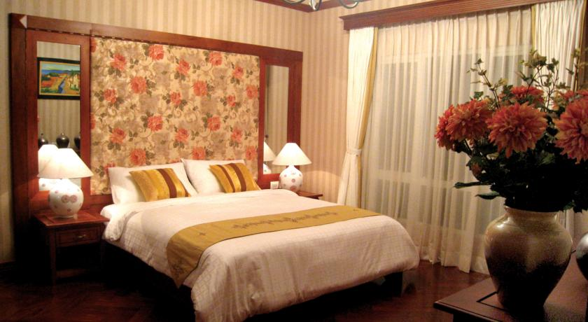 For rent Serviced apartment in  Tay Ho streets.