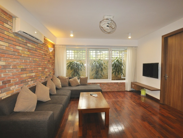 For rent Serviced apartment in To Ngoc Van streets