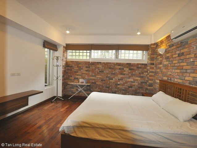 For rent Serviced apartment in To Ngoc Van streets 8