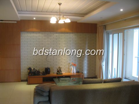 Four bedroom apartment in Peach Garden for rent