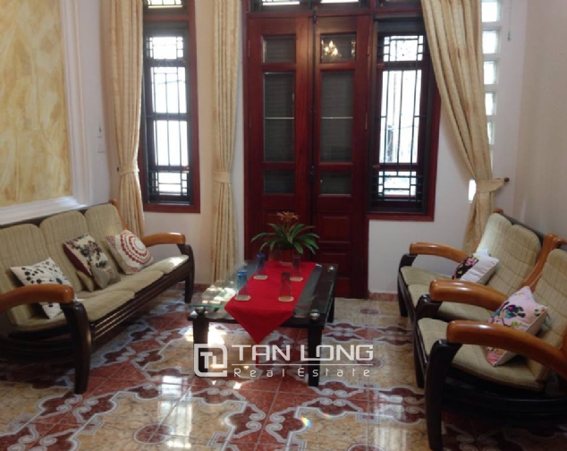 Full furnishing house for rent in Quan Ngua street, Ba Dinh district! 6