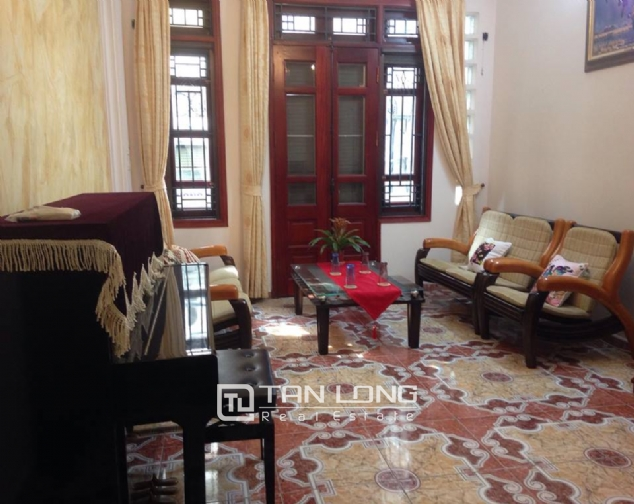 Full furnishing house for rent in Quan Ngua street, Ba Dinh district! 7