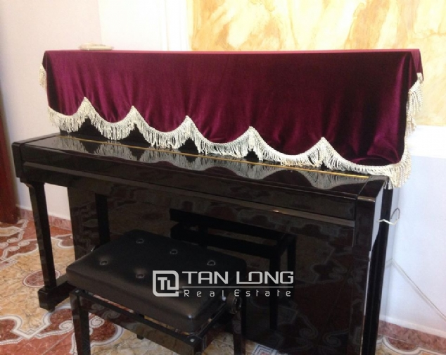 Full furnishing house for rent in Quan Ngua street, Ba Dinh district! 8