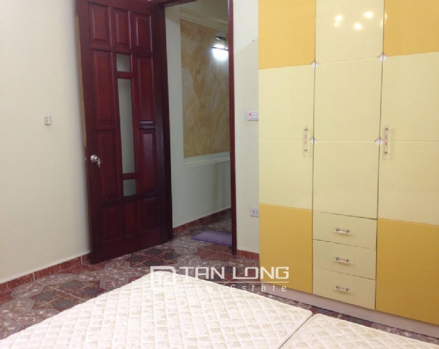 Full furnishing house for rent in Quan Ngua street, Ba Dinh district! 5