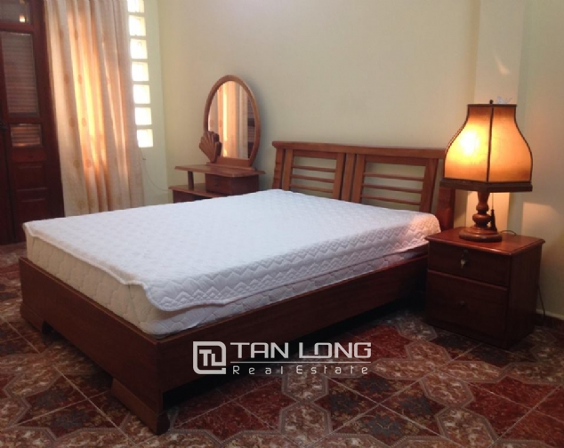Full furnishing house for rent in Quan Ngua street, Ba Dinh district! 9
