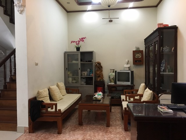 Full furnishing house in Au Co street, Tay Ho dist, Hanoi for lease