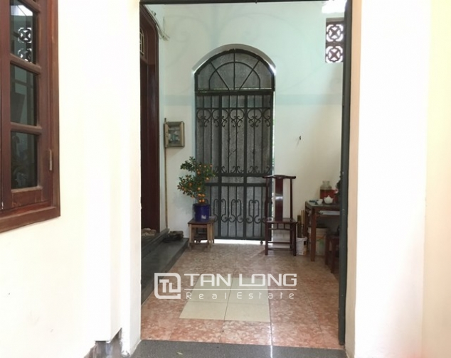 Full furnishing house in Au Co street, Tay Ho dist, Hanoi for lease 3