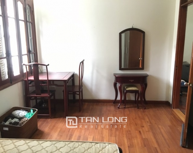 Full furnishing house in Au Co street, Tay Ho dist, Hanoi for lease 5