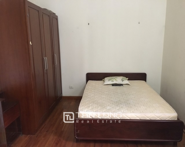Full furnishing house in Au Co street, Tay Ho dist, Hanoi for lease 8