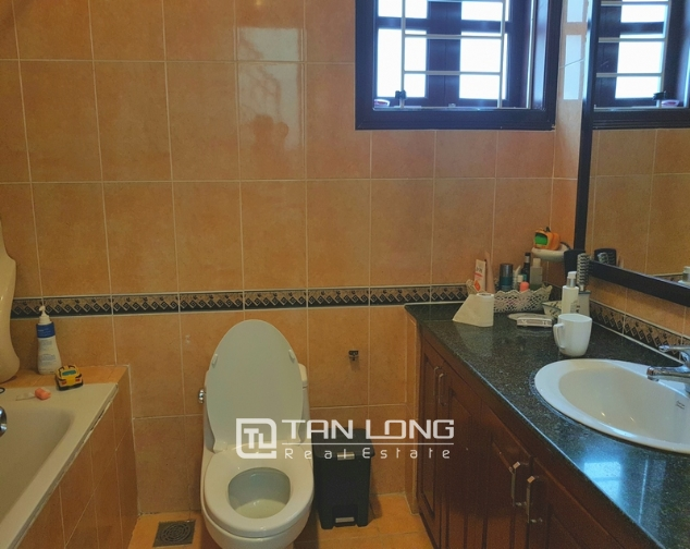 Full furnishing villa for rent in G6 Ciputra Tay Ho district for lease 1
