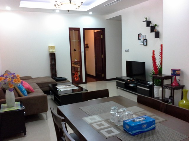 Full furniture 3 bedroom for rent in Royal City, Thanh Xuan, Hanoi