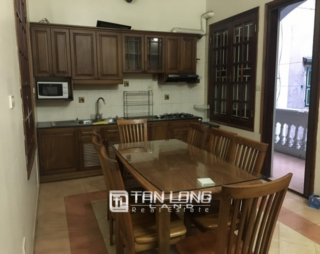 Full opulent furnishing house in Xuan Dieu street, Tay Ho dist for lease 7