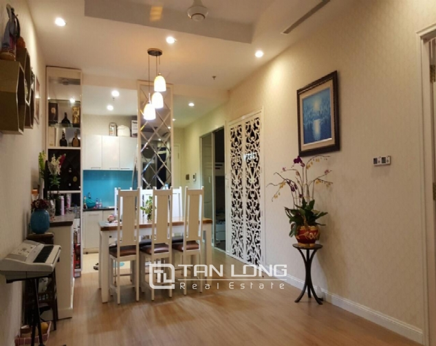 Fully decorated 2 bedroom apartment for rent in R4 Vinhomes Royal City, Hanoi 1
