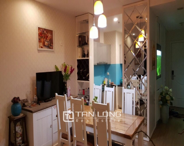 Fully decorated 2 bedroom apartment for rent in R4 Vinhomes Royal City, Hanoi 2