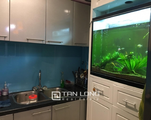 Fully decorated 2 bedroom apartment for rent in R4 Vinhomes Royal City, Hanoi 6