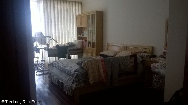 Fully equipped 2 bedroom apartment for sale in Vincom Center, Mai Hac De str 7