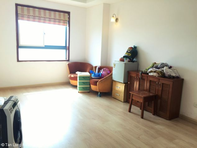 Fully equipped 3 bedroom apartment for rent in Veam building, Tay Ho dist, Hanoi 7