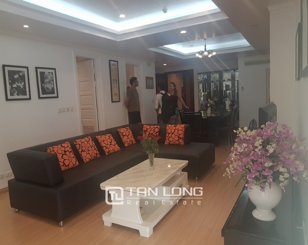 Fully furnished 3 bedroom apartment for rent in E4, ciputra 1