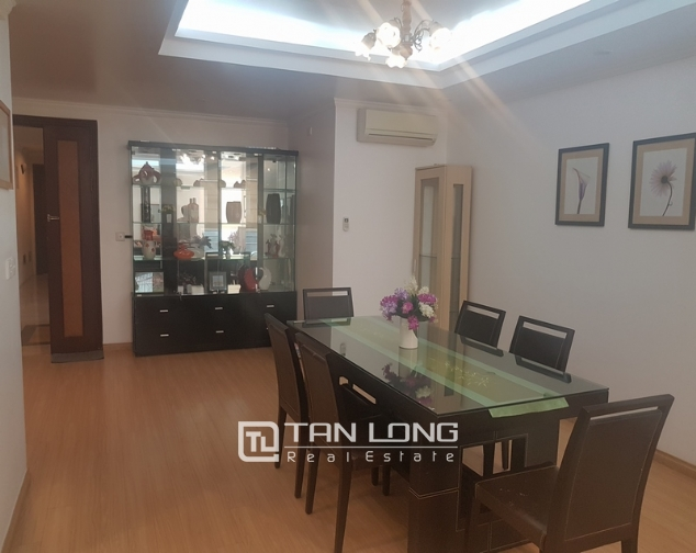 Fully furnished 3 bedroom apartment for rent in E4, ciputra 4