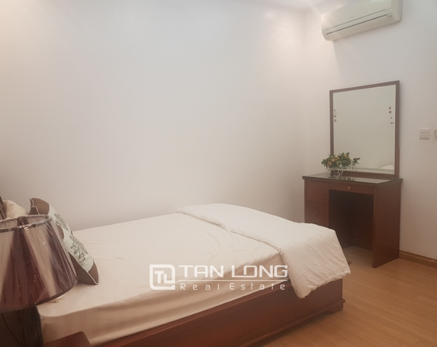 Fully furnished 3 bedroom apartment for rent in E4, ciputra 6