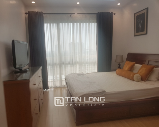 Fully furnished 3 bedroom apartment for rent in E4, ciputra 7