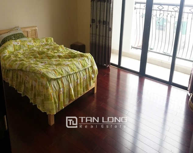 Fully furnished 3 bedroom apartment for rent in R4 Vinhomes Royal City 3