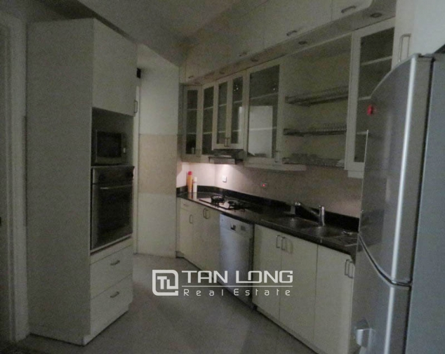 Fully furnished 3 bedroom apartment for sale in E4 Ciputra Tay Ho 6