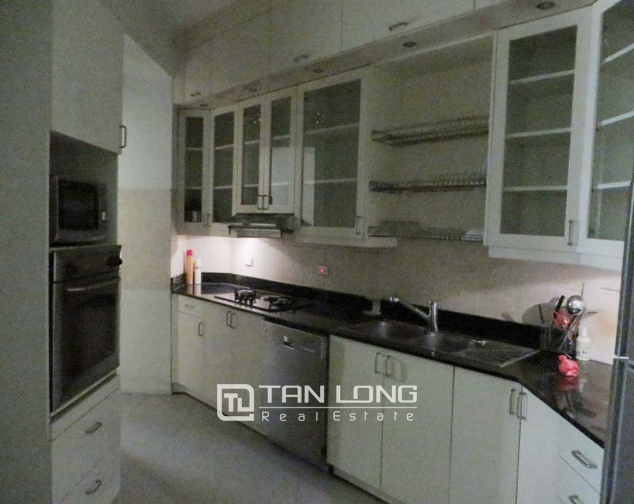 Fully furnished 3 bedroom apartment for sale in E4 Ciputra Tay Ho 7