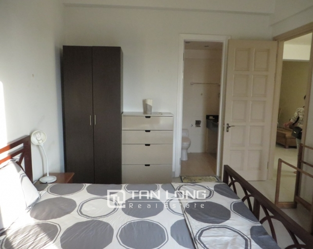 Fully furnished 3 bedroom apartment for sale in E4 Ciputra Tay Ho 9