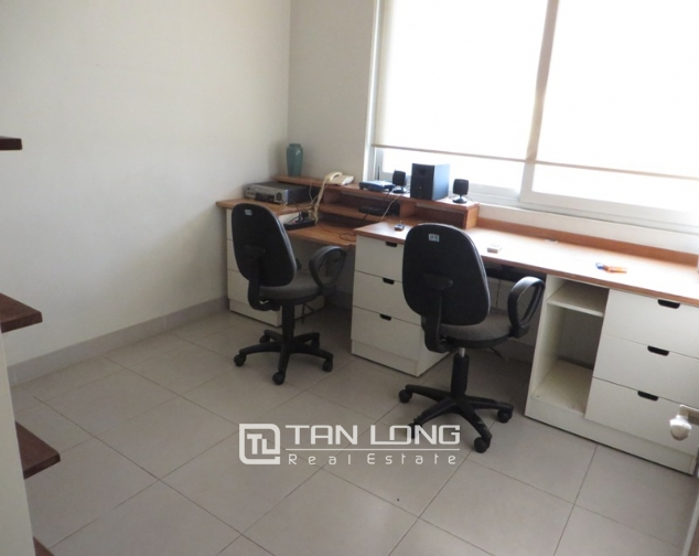 Fully furnished 3 bedroom apartment for sale in E4 Ciputra Tay Ho 2